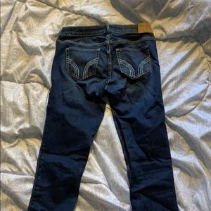 hollister jeans!!! worn once🌸